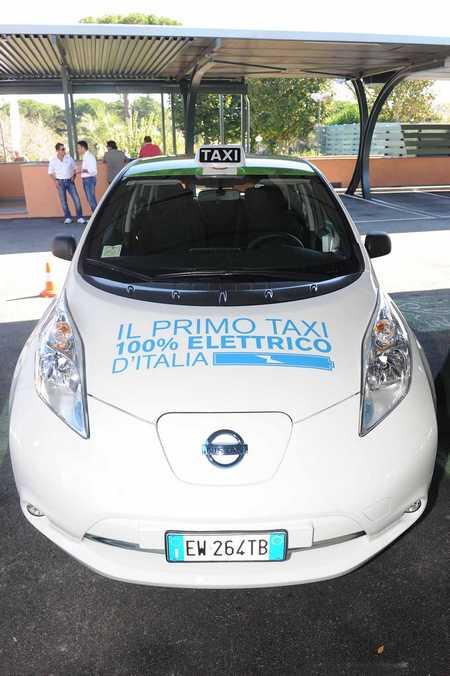 taxi elettrici roma
