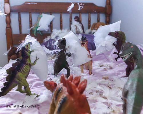 b2ap3_thumbnail_dinovember-dinosauri-giocattoli-prendono-vita-notte-bambini-01.jpg