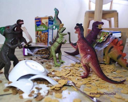 b2ap3_thumbnail_dinovember-dinosauri-giocattoli-prendono-vita-notte-bambini-02.jpg