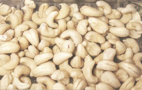 b2ap3_thumbnail_cashews-soaked.jpg