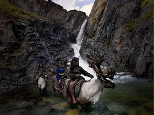b2ap3_thumbnail_Hamid-Sardar-Afkhami-mongolia-foto-Dukha-popolo-renne-03.jpg