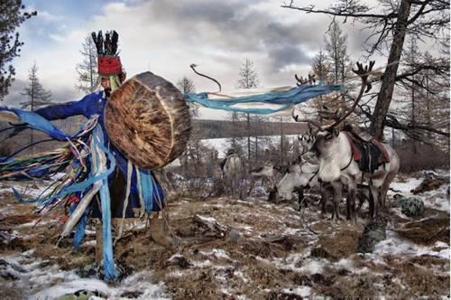 b2ap3_thumbnail_Hamid-Sardar-Afkhami-mongolia-foto-Dukha-popolo-renne-04.jpg