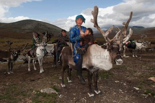 b2ap3_thumbnail_Hamid-Sardar-Afkhami-mongolia-foto-Dukha-popolo-renne-06.jpg