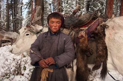 b2ap3_thumbnail_Hamid-Sardar-Afkhami-mongolia-foto-Dukha-popolo-renne-08.jpg