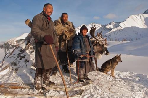 b2ap3_thumbnail_Hamid-Sardar-Afkhami-mongolia-foto-Dukha-popolo-renne-09.jpg