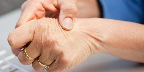 artrite reumatoide sintomi reumatismi