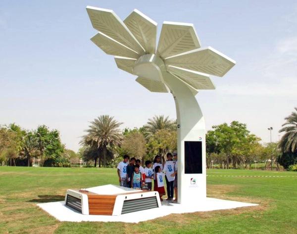 solar smart palm 2
