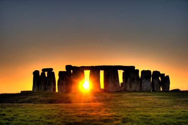 10. Stonehenge