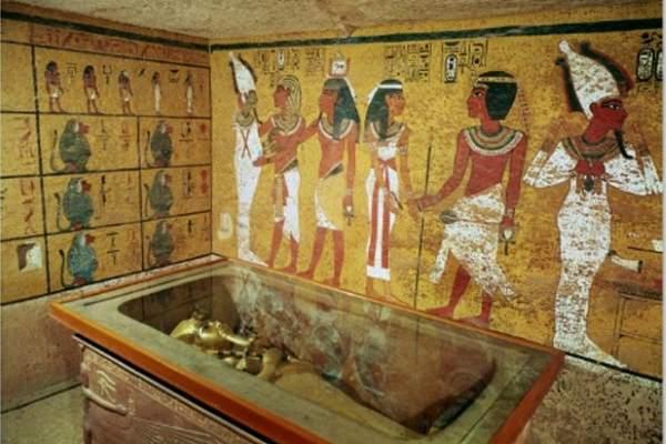 8. Tomba Tutankhamun