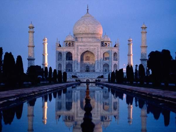 9. Taj Mahal