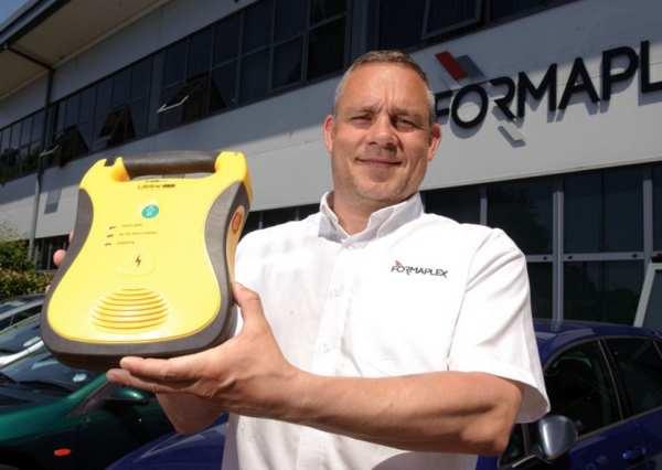 defibrillatori cabine telefoniche