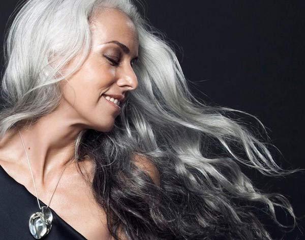 Yasmina Rossi6