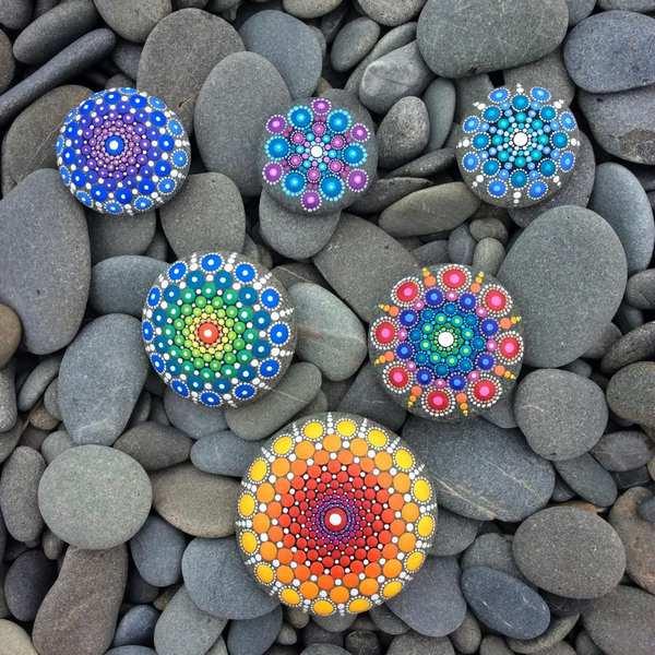 mandala stones dipingere 4