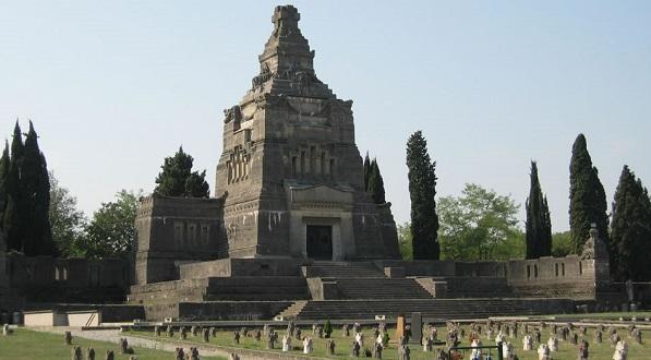 Cimitero03 jpg