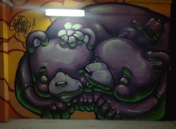 gravity street art 16