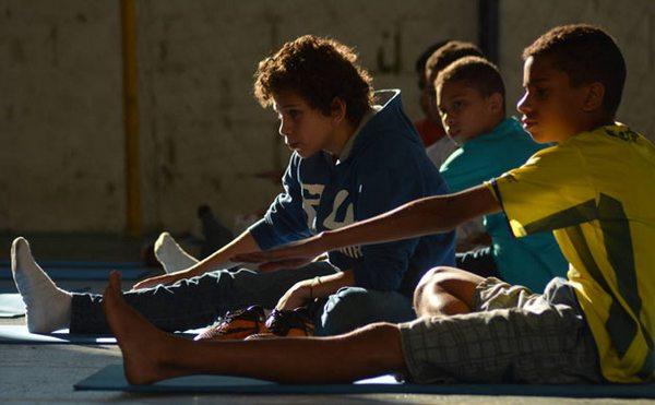 yoga scuola 3