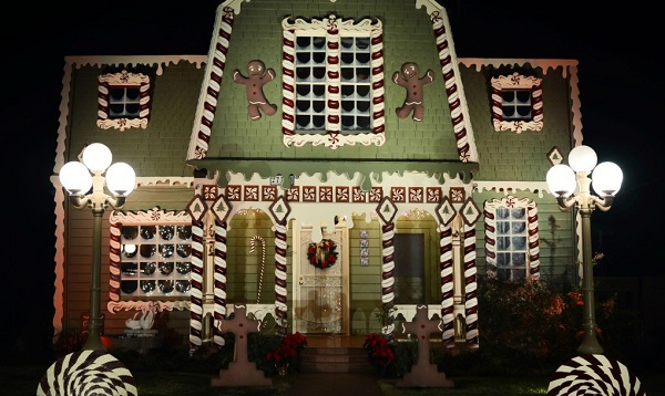 Gingerbread House Night Christine McConnell 1020x610