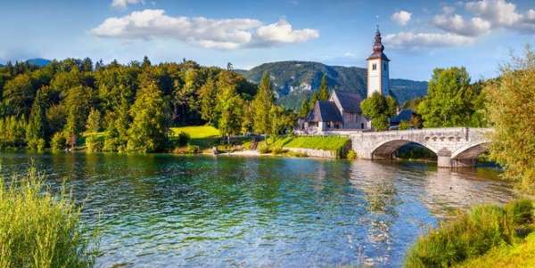 JohnTheBaptistChurchLakeBohinj.jpg.653x0 q80 crop smart