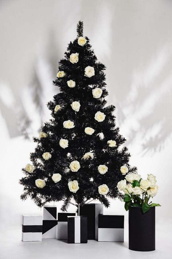Immagini Alberi Di Natale Decorati.I Meravigliosi Alberi Di Natale Decorati Con I Fiori Foto