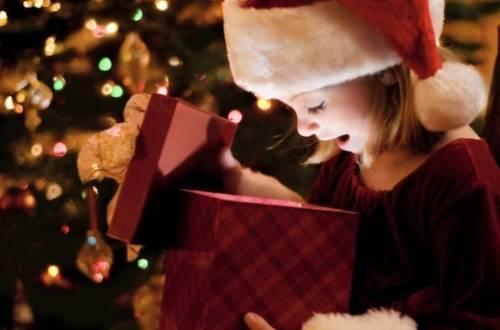 Regali Di Natale Per Bimbi.Natale Per Bambini 7 Idee Di Regali Unici E Fatti Con Il Cuore