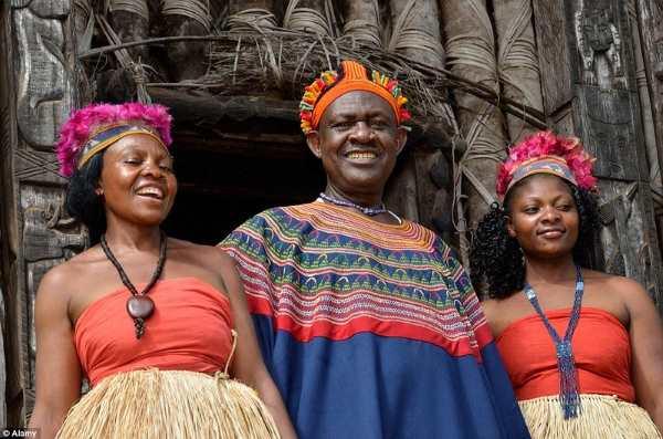 fon bafut and wives 1