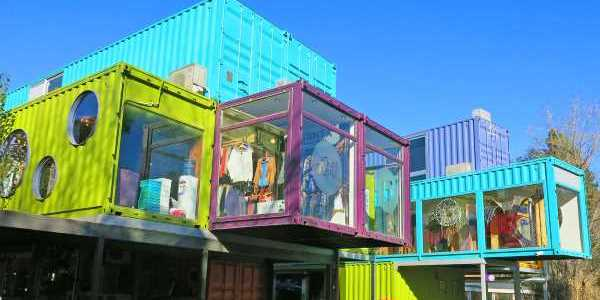 QUO shipping container mall Buenos Aires