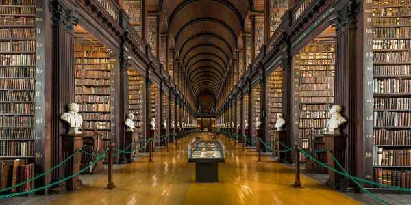 trinity college long room library dublin 1