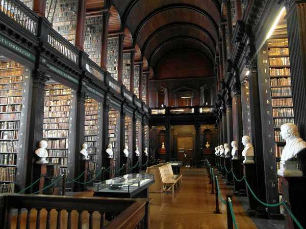 trinity college long room library dublin 10