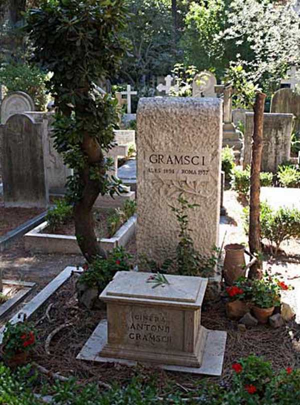 cimitero acattolico roma9