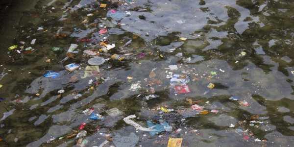 inquinamento spiaggia leblon4