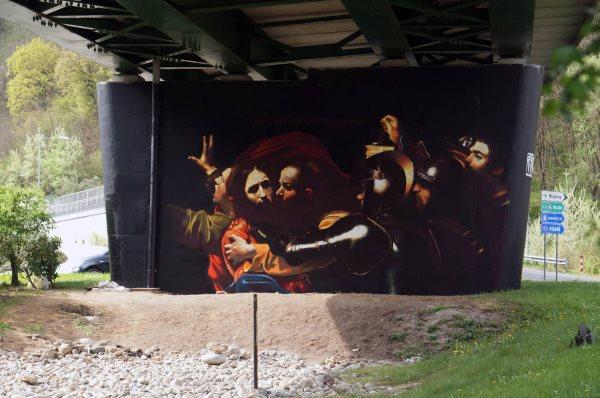 murales andrea ravo mattoni caravaggio