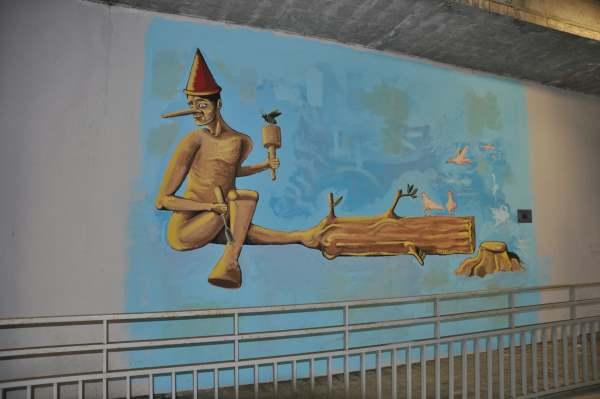 street art stazioni ferroviarie roma19
