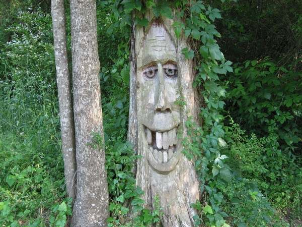 alberi intagliati alabama 3