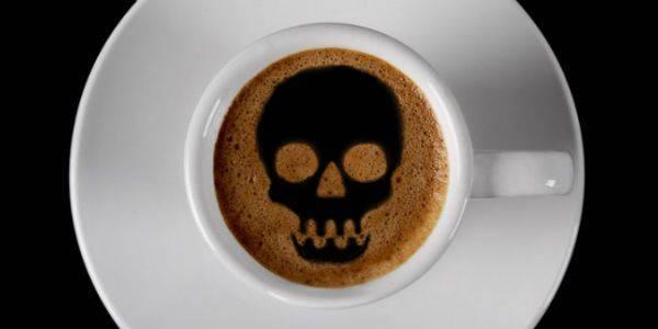 Il caffè può causare molti problemi di salute, è meglio evitare il caffè se si soffre d'ansia e ipertensione