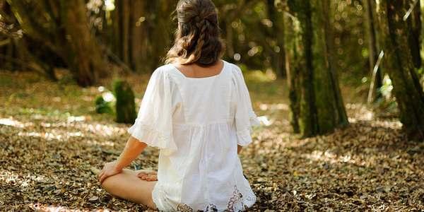 meditare nel bosco