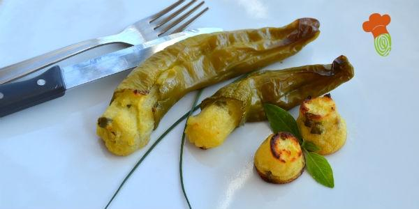 peperoni friggitelli ripieni di patate