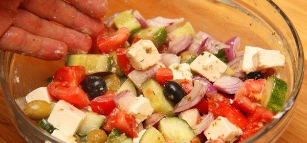 insalata greca con i peperoni