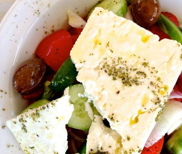 insalata greca senza cipolla