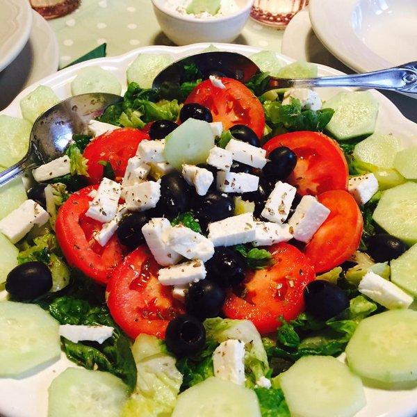 insalata greca tzatziki