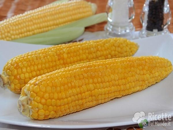 pannocchie di mais lessate