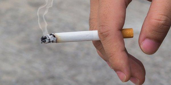 adolescenti fumo