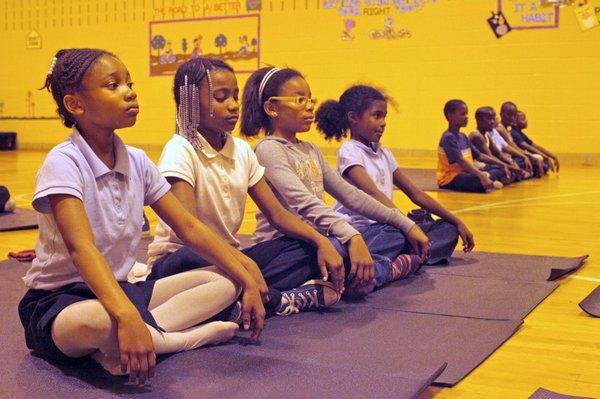 yoga meditazione scuola 2