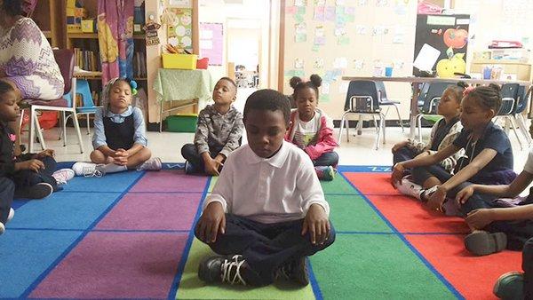yoga meditazione scuola 5