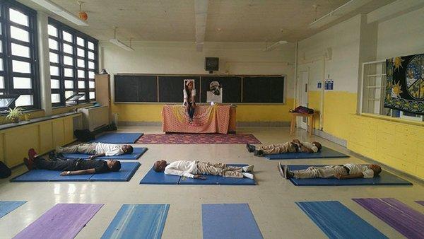 yoga meditazione scuola 7