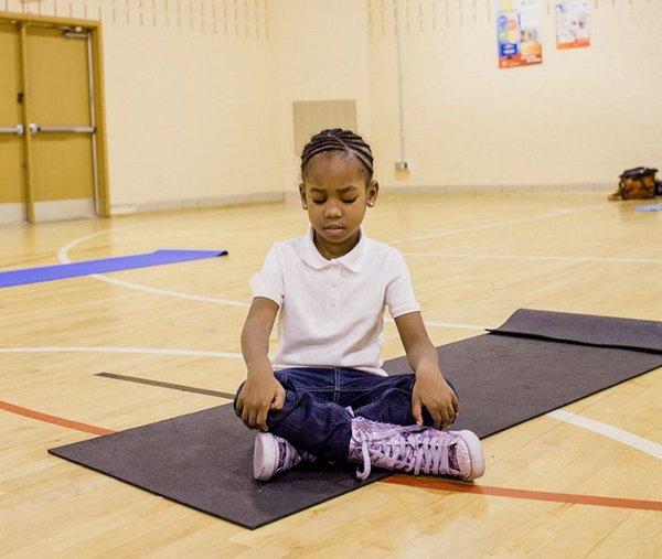 yoga meditazione scuola 8