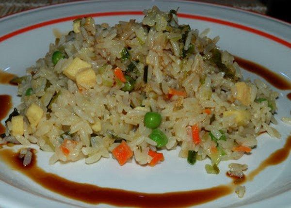 riso alla cantonese vegetariano