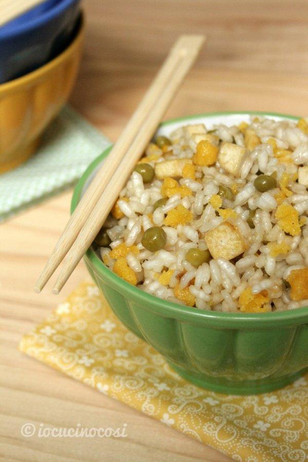 riso cantonese tofu e curry