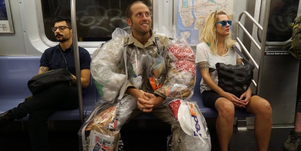 trash-me-day-4-in-the-subway