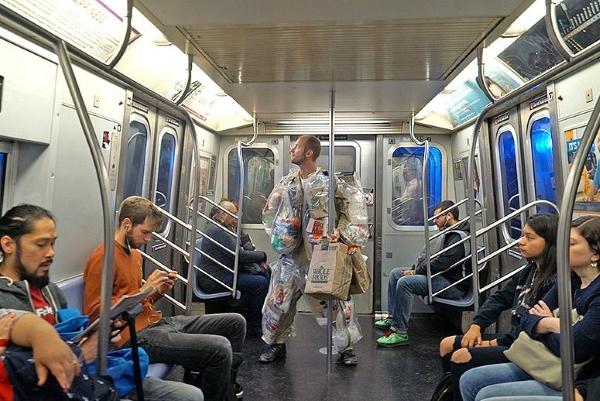 trash me rob greenfield day 8 subway