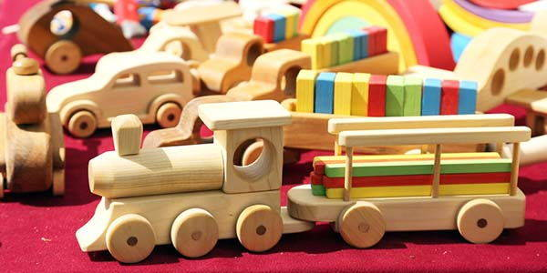 giocattoli in legno per bambini